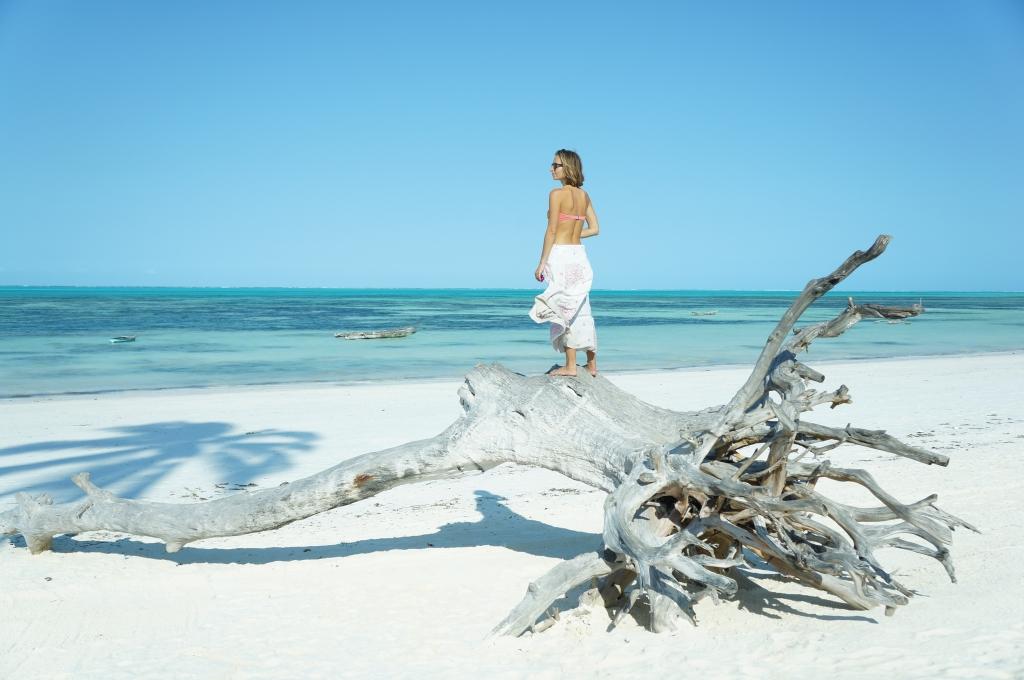 magda bebenek polka potrafi zanzibar jambiani beach